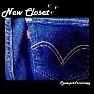 """Levi's Low Cut Jeans 26"""" x 34"""" Size 3 Long"""
